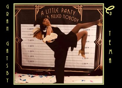 Divertido set decorativo fotográfico Gran Gatsby en renta, sepáralo dando click