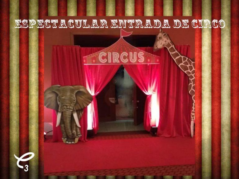 Magnífica entrada de circo decorativa con 1 jirafa y 1 elefante para adornar tu fiesta ,reserva ahora