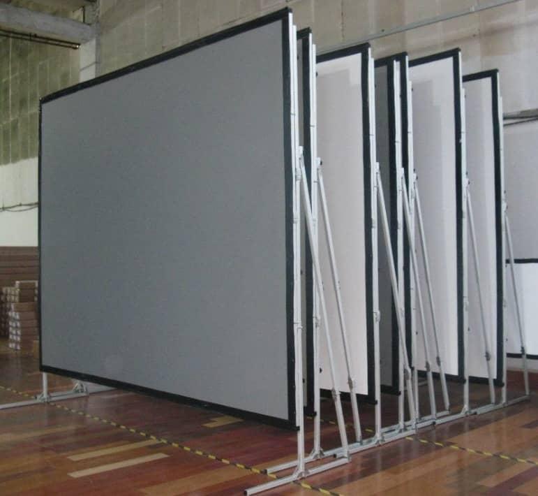 Pantalla y Proyector en renta para eventos en Monterrey y Area Metropolitana 8444-550-550. https://reservas.events/servicio/pantalla-y-proyector-en-renta-para-eventos/