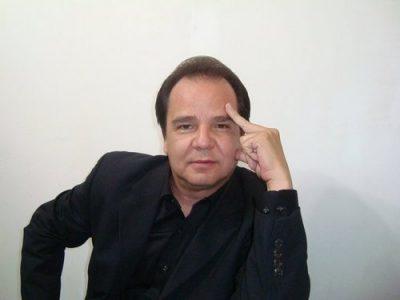 hector-san-marino-comediante