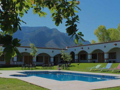 jardin-alberca-hacienda-concepcion