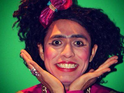 roberta-bustllos-comediante